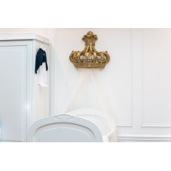 Wall decoration - Golden Crown